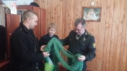 Плетіння маскувальних сіток для воїнів АТО